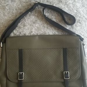 Fossil Laptop Messenger bag in Army green